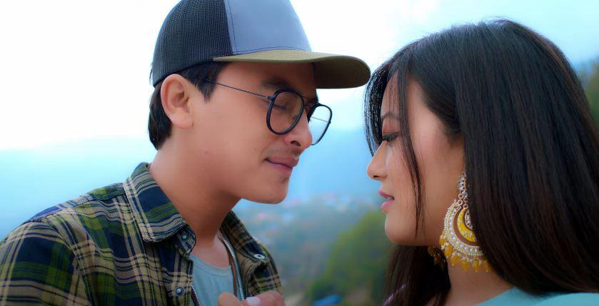 'Ko Hola Tyo' starring Paul and Prakriti made public