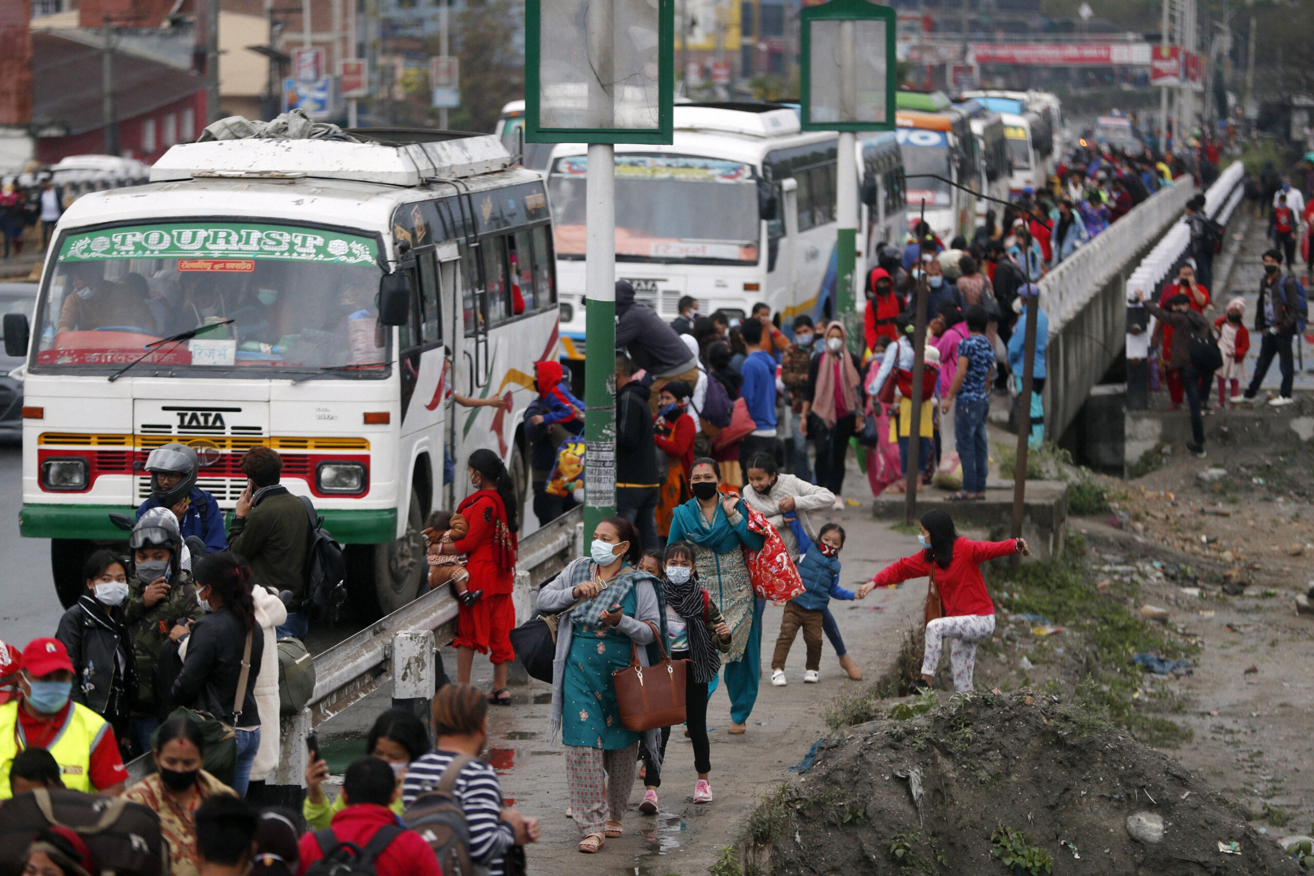 Long distance public transport operated, such is the new fare