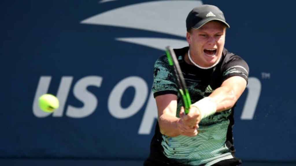Brooksby routs Gojowczyk to reach ATP Newport semi-final