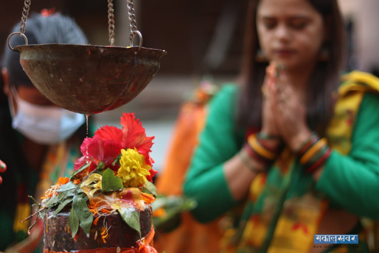 Devotees worshipping at the Gokarneshwor Mahadev Temple [Photos]