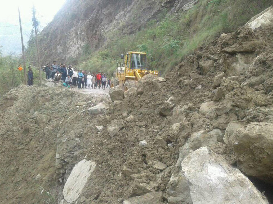 One-way operation of Prithvi Highway after four hours