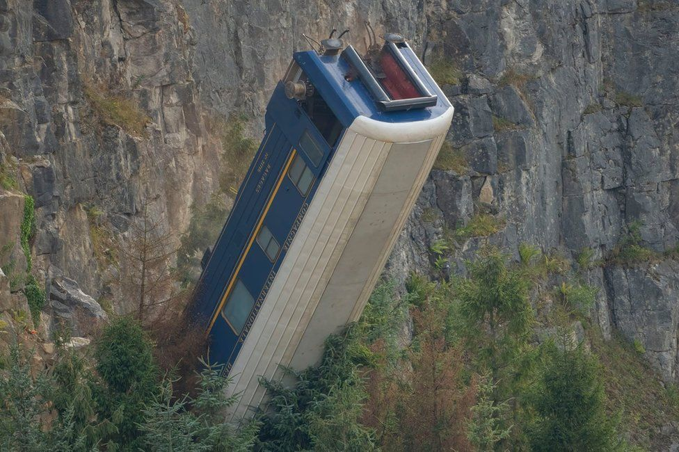 Mission: Impossible: New carriage stunt at quarry location
